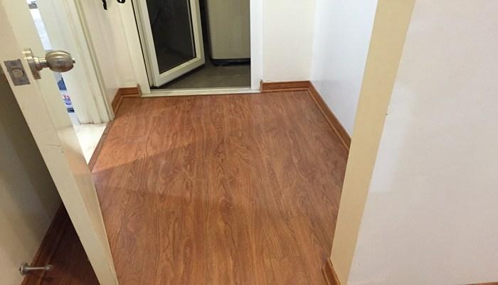 ván sàn giả gỗ tại lạng sơn, sàn nhựa giá rẻ có hèm khóa, báo giá sàn nhựa vân gỗ,