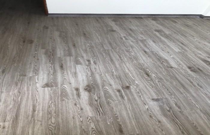 thanh lý sàn nhựa giả gỗ, báo giá sàn nhựa pvc vân gỗ,