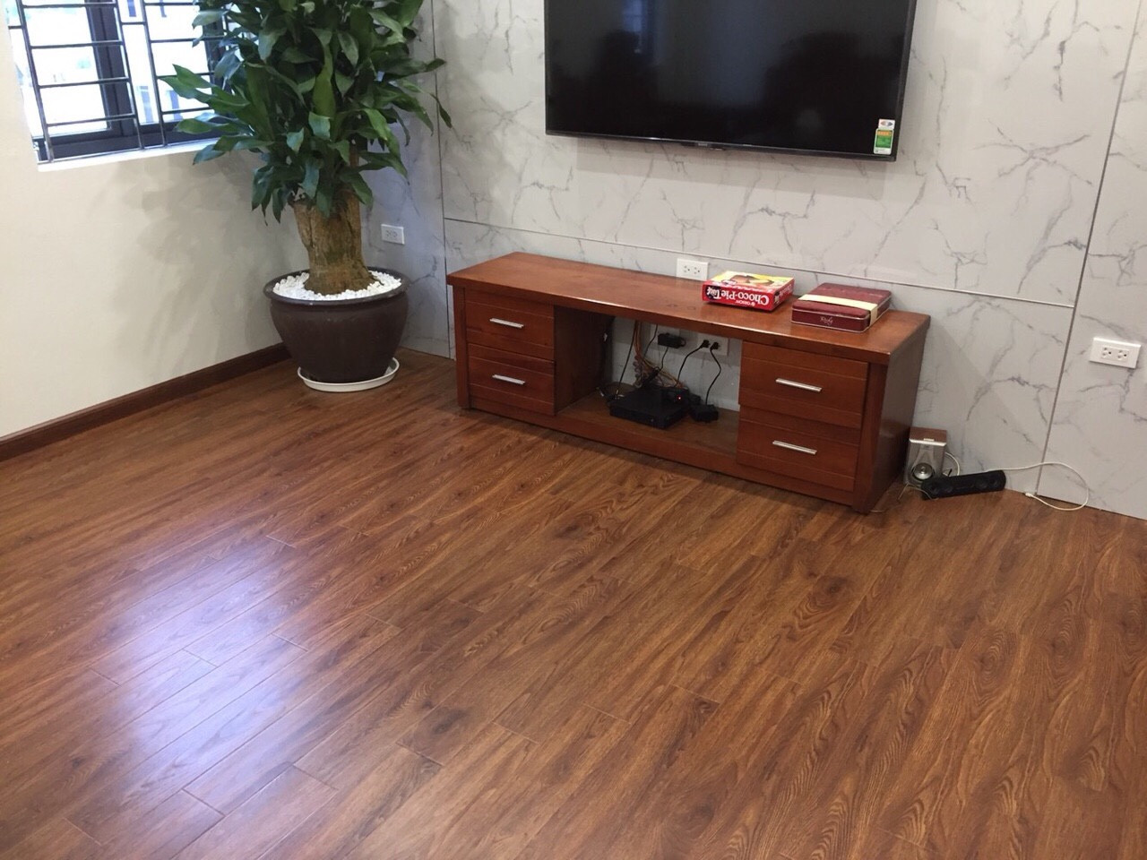 báo giá sàn gỗ công nghiệp tại hà nội, tư vấn làm sàn gỗ giá rẻ, giá sàn gỗ malaysia 12mm,