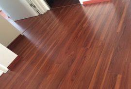 Sàn gỗ công nghiệp vinasan có tốt không;