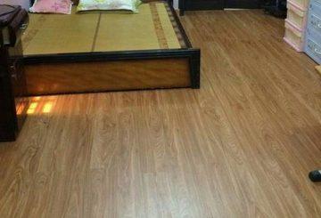 Sử dụng sàn gỗ 8mm hay 12mm – Nên dùng sàn công nghiệp hay tự nhiên