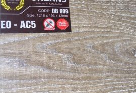 Sử dụng sàn gỗ UB609 cao cấp- Sàn gỗ giá rẻ;