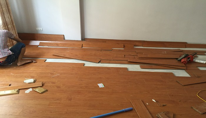 Lắp đặt sàn gỗ Malaysia 12mm, sàn gỗ mashome nhập khẩu malaysia 12mm,