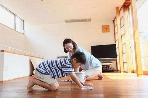 cách bảo quản sàn gỗ công nghiệp, hướng dẫn sử dụng sàn gỗ