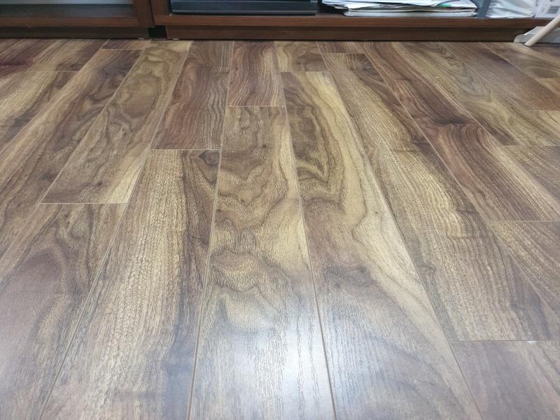 sàn gỗ mệnh mộc tính bạn